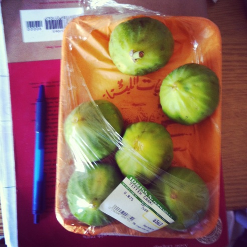 some delicious and enormous fresh figs. America has no idea what they are missing.