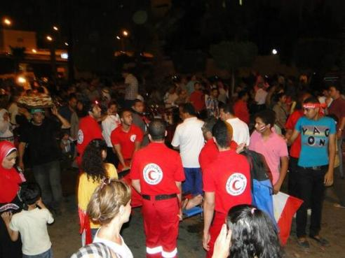 Red Crescent Teams on the scene to provide first aid